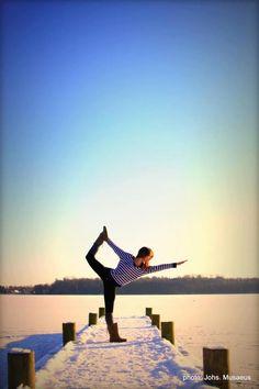 yoga inspiration, beautiful yoga, snow, royal dancer, pier, outdoors, flexibility, strength, balance