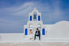 A Pre-Wedding Session on #Santorini by Elianos Photography - Full Post: http://www.brideswithoutborders.com/inspiration/pre-wedding-photography-santorini-elianos-photography