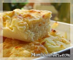 Fırında Beşamel Soslu Makarna Snack Recipes, Dessert Recipes, Snacks, Desserts, Baked Spaghetti Pie, Armenian Recipes, Turkish Kitchen, Bread And Pastries, Iftar