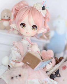 You are soo kawaii! Anime W, Anime Dolls, Bjd Dolls, Kawaii Doll, Kawaii Anime Girl, Pretty Dolls, Beautiful Dolls, Porcelain Dolls Value, Porcelain Tiles