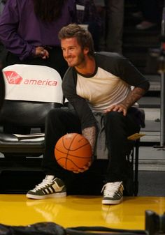 Celebs sit courtside at the Lakers game