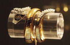 elizabeth Taylor,  diamond and emerald snake bracelet/watch by Bvlgari......Uploaded By  www.1stand2ndtimearound.etsy.com
