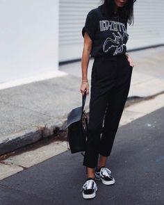 Only BLACK. #boyishstyle boyish style | boyish style casual | Boyish Style | Boyish style luv | Boyish Style | Boyish style | Boyish Style | Sporty Summer Outfits, Warm Outfits, Chic Outfits, Fashion Outfits, Womens Fashion, Ladies Fashion, Crazy Outfits, Fashion Boots, Minimal Outfit