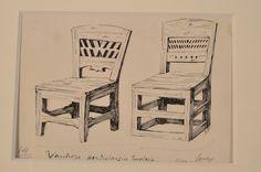 Kuvassa tuolit seisovat vierekkäin, jolloin katsoja voi helposti havaita niiden tyylilliset erot. Luuppi, Oulu (Finland)