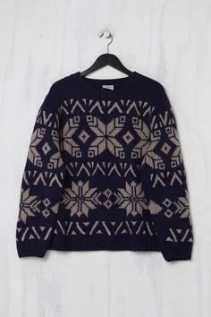 Vintage Second Hand Norweger Pullover von Lacoste Vintage Second Hand, Trends, Lacoste, Christmas Sweaters, Fashion, Moda, Fashion Styles, Christmas Jumper Dress, Fashion Illustrations