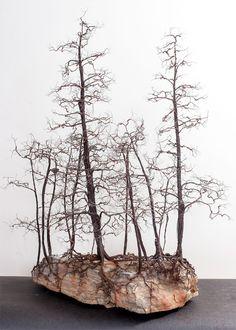 Árvores de metal