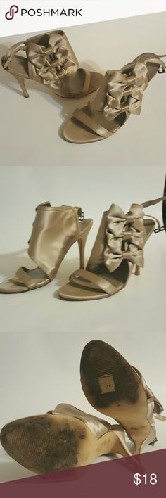 Sexy Nude Heels Good condition,  gently used.  Few little light blemishes.  Very elegant look, great for partys. Aldo Shoes Heels
