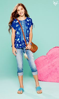 Rock your denim with a side of boho-chic when you layer on a pretty peasant top, soft faux suede crossbody bag and fringe-tastic sandals.