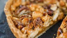 Ty nejjednodušší recepty jsou často i ty nejchutnější! Tento recept na ořechový koláč je toho důkazem! Je hotový hned!