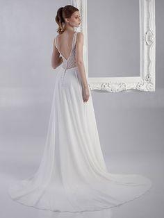 Brautkleid mit Spitzenapplikationen auf dem Oberteil, tiefem V-Neck, tiefem Rückenausschnitt und fließendem Rock. Vintage Stil, Rock, Wedding Dresses, Fashion, Gown Wedding, Bridal Gown, Curve Dresses, Bride Dresses, Moda