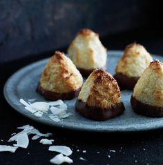 Kokostoppe med marcipan og chokolade