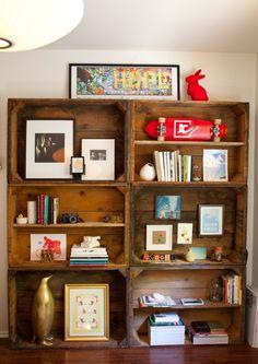 Lou Mora and Sarah Yates wine crate bookshelf via Design Sponge Vintage Wood Crates, Old Crates, Wine Crates, Wooden Crates, Crate Bookshelf, Bookshelves, Wine Box Shelves, Wine Boxes, Display Shelves