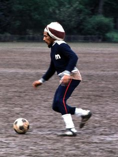Bob Marley playing football