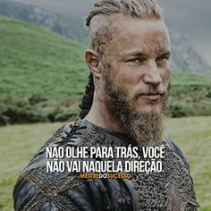 O seu futuro está diante de ti, não se lamente pelo passado porque aquilo que já acontecera não é possível alterar, construa seu futuro com sabedoria e conseguirá o êxito.  #mestredosucesso Dream Quotes, Life Quotes, Positive Thoughts, Positive Vibes, Vikings Ragnar, Reflection Quotes, Sun Tzu, Inspirational Phrases, Always Learning
