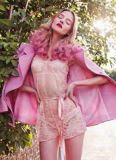 Pretty in pink ♥Manhattan Girl Purple And Green Hair, Pink Ombre Hair, Green Hair Colors, Hair Colours, Pink Purple, Pastel Pink, Blonde Pink, Pastel Hair, Green Eyes