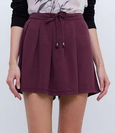 Short feminino  Modelo soltinho  Com amarração  Marca: Marfinno  Tecido: liocel   Composição: 100% liocel  Modelo veste tamanho: 38     COLEÇÃO INVERNO 2016     Veja outras opções de    short feminino.