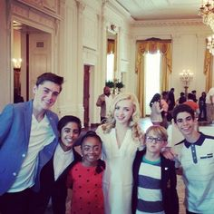 "Photos: Cameron Boyce With His ""Jessie"" Cast At The White House April 21, 2014"