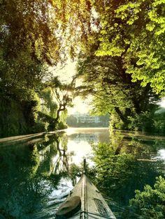 Rondeelteich Winterhude, Hamburg| #trees #shipping #sun #hamburg < repinned by www.BlickeDeeler.de