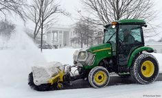 John Deere 4520 Snow is cleared on the north side of the White House.