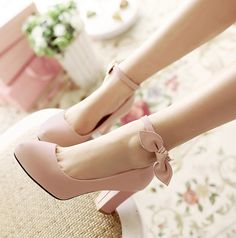 Color:white.black.beige.pink. eu34=220mm/ 4.5 is for Foot Length:22 cm/8.65in 4.5 B(M) US Women/3 D(M) US Men = EU size 35 = Shoes length 225mm Fit foot length 225mm/8.8in 5.5 B(M) US Women/4 D(M) US
