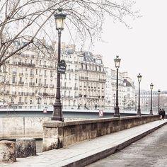 Quai d'Orleans, Paris, France