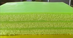 Make the fluffiest pandan cake, plus the creamiest kaya custard. Assemble the most beautiful pandan kaya cake. I show you how, step-by-step. Cake Videos, Food Videos, Pandan Layer Cake, Steamed Cake, Steamed Buns, Asian Desserts, Asian Snacks, Molten Lava Cakes, Yellow Foods