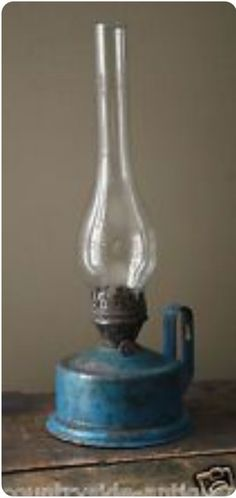 Cool Lighting Ideas For Your Antique Kitchen – Antique Kitchen Ideas Old Lamps, Oil Lamps, Old Lanterns, Primitive Lighting, Lantern Lamp, Lamp Light, Hurricane Lamps, Vintage Lighting, Vintage Lamps