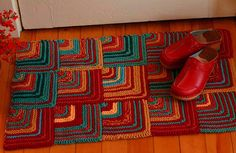 Mitered Squares Rug - Stash Buster | Flickr - Photo Sharing!
