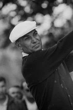 Photo from Ben Hogan wins the 17th Masters Tournament - Timelines.com