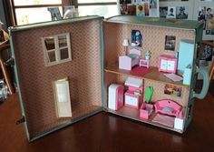 The Alicia House. www.suitcasedollhouse.com