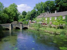 Bridge Over the River Colne, Bibury, the Cotswolds, Oxfordshire, England, UK