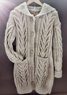"""L'atelier de LadyLaine: """"Manteau à capuche"""" de Bergère de France"""