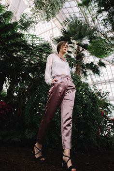 Spring Awakening in Pastel Tones, Palmenhaus Wien, Kamelie, Porträt Spring Awakening, Khaki Pants, Pastel, Suits, Fashion, Khakis, Cake, Outfits, Moda