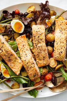 Sheet-Pan Roasted Salmon Niçoise Salad Recipe - NYT Cooking