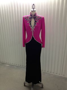 Bob Mackie gown on eBay for $1200.00.  Love the keyhole detail.