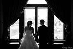 Nincs is romantikusabb egy tóparti esküvői helyszínnél, ugye? <3  Nálunk ez is megadathatik, a belvárostól csupán néhány lépésre - Nektek is! :) Ismerd meg legszebb rendezvényhelyszíneinket, és álmodd meg az esküvőd nálunk! Wedding Dresses, Fashion, Bride Dresses, Moda, Bridal Gowns, Fashion Styles, Wedding Dressses, Bridal Dresses