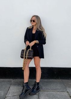 Basic Outfits, Edgy Outfits, Classy Outfits, Girl Outfits, Cute Outfits, Winter Fashion Outfits, Look Fashion, Girl Fashion, Look Blazer