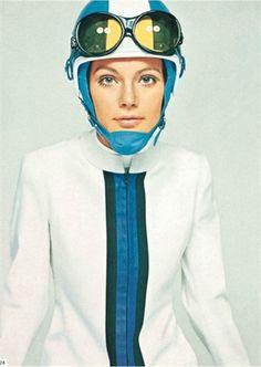 DAVID BAILEY   mod 60's  racing stripes. color block - not nehru collar