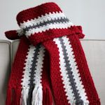 25 free scarf patterns to crochet.  Something for everyone on the list!