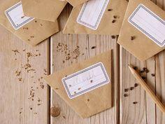 Enveloppes à graines en origami - le carnet sur l'étagère