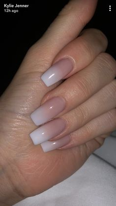 Kylie Jenner Nails Adorable ideas for a perfect manicure Acrylic Nails Natural, Long Square Acrylic Nails, Pink Acrylic Nails, Acrylic Nail Designs, Natural Nails, Pink Nails, Acrylic Ombre Nails, Ombre French Nails, French Fade Nails