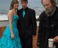 Awkward Prom Photos That, Um- Just Take A Look - Likes