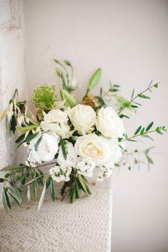 The Bouquet - Puglia wedding - Les Amis Photo, destination Wedding photographer See more here: http://www.lesamisphoto.com/blog/