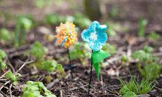 CraftBomb at Glasgow Botanic Gardens for Voluntary Arts Week Glasgow Botanic Gardens, Knitted Flowers, Change Maker, Yarn Bombing, Design Crafts, Botanical Gardens, Flower Power, Crafty, Creative