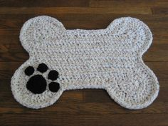 Crochet Pattern Only for Dog Bone Floor Placemat by DACcrochet on Etsy https://www.etsy.com/listing/233122361/crochet-pattern-only-for-dog-bone-floor