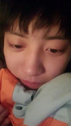 Me: oppa! Oppa: 'coz I'm sleepy Me: I love you oppa! Oppa: lemme live this dream. Park Chanyeol Exo, Baekhyun, 5 Years With Exo, Goofy Smile, Lucky Ladies, Jason Mraz, Chanbaek, Chansoo, Cnblue