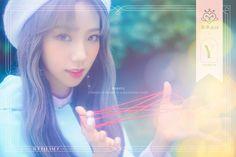 ~Yeoreum (여름) ~Lee Jin Suk (이진숙) ~Lead Rapper, Sub Vocalist ~January 1999 ~Capricorn ~She represents the Capricorn (zodiac sign) ~Cosmic Girls Unit: Joy