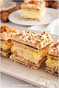 ciasto pani walewska Polish Desserts, Polish Recipes, Baking Recipes, Cake Recipes, Dessert Recipes, Sweet Desserts, Sweet Recipes, Potica Bread Recipe, Icebox Cake