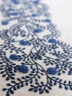 Beautiful work by Yukiko Higuchi Japanese embroidery art