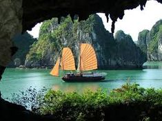 Join Halong bay Hanoi tours for amazing Vietnam vacations. Hanoi Halong bay tours are top of Vietnam holiday packages, Vietnam tour packages, vietnam package tours, vietnam trip Vietnam Tours, North Vietnam, Vietnam Travel, Visit Vietnam, Vietnam War, Hanoi, Phuket, Places To Travel, Places To See
